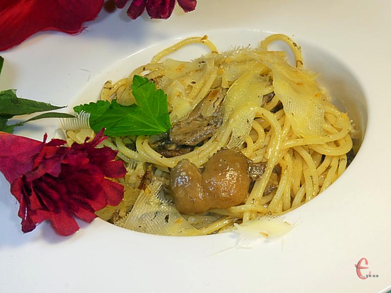 Дуже проста й смачна страва для любителів італійської кухні.
