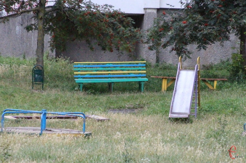 Планує влада Хмельницького і впорядкувати безгосподарські дитячі майданчики