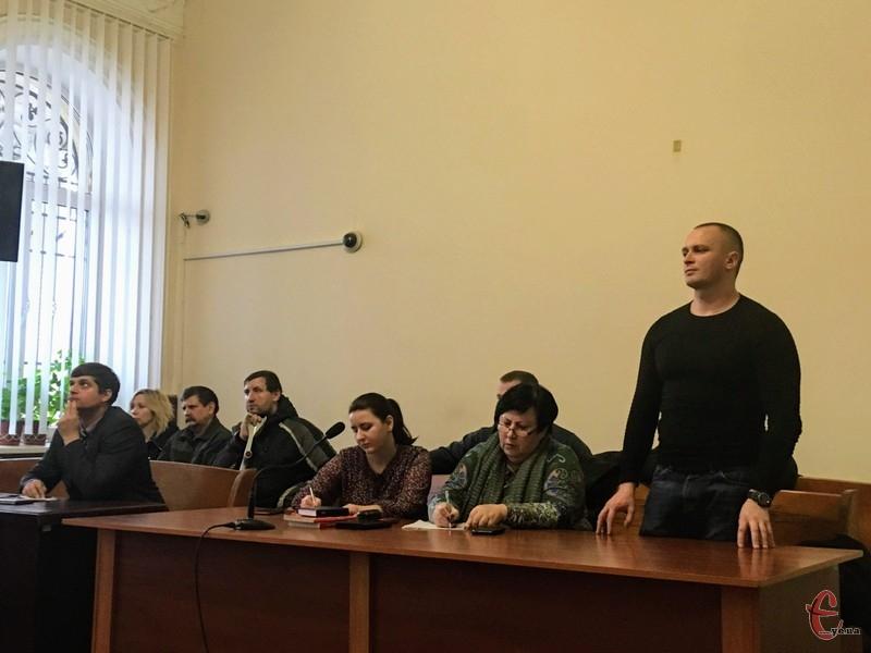 На засідання прийшов Віталій Тарадай, Віктор Крайор - не з\'явився