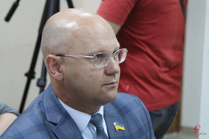 Михайло Кривак прийшов до апеляційного суду. Але розгляд справи знову відклали
