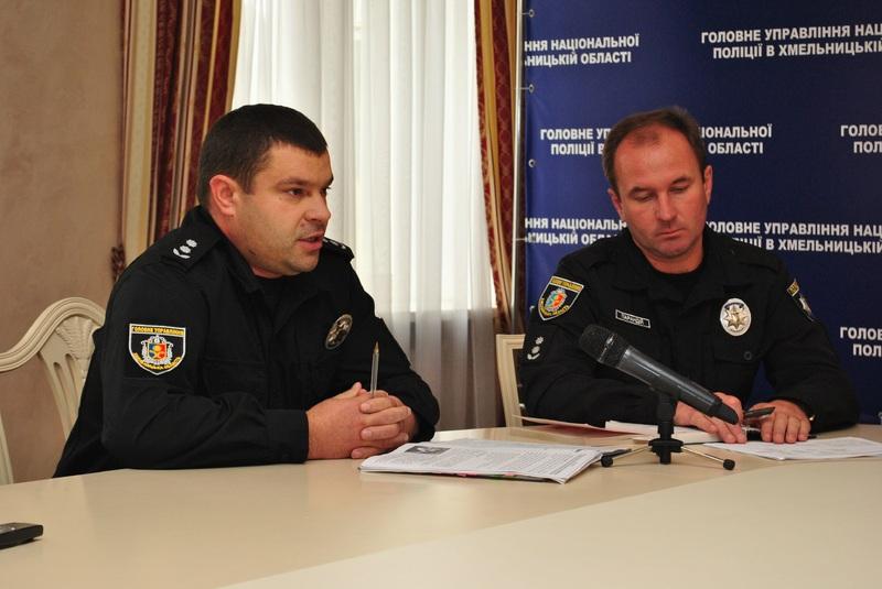 Правоохоронці кажуть, справу у шухляду не сховали, а активно над нею працюють