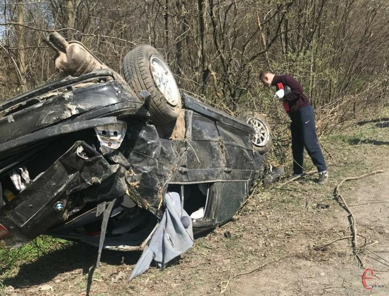 Автомобіль ремонту не підлягає