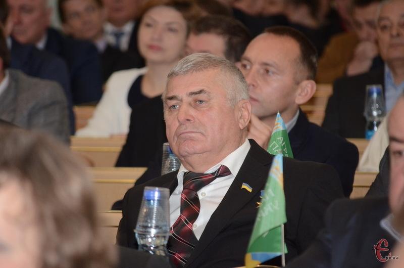 Петро Іващук із 1 червня може залишитися без мандату депутата Хмельницької облради за власним бажанням