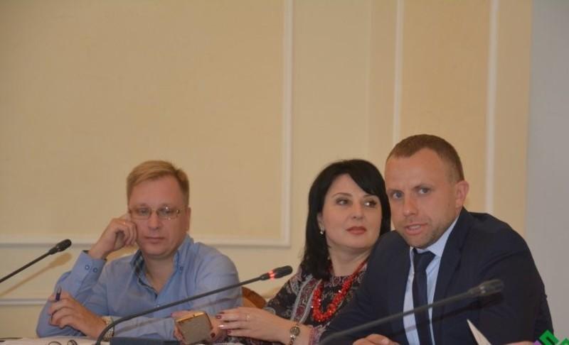 Андрій Ковальчук (праворуч) очолить обласний театр