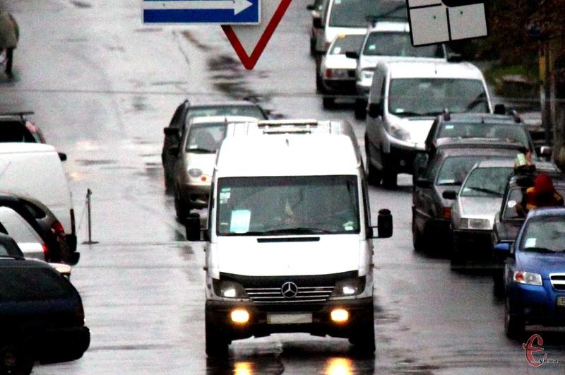 Вже з 1 березня варість проїзду в хмельнциьких маршрутках може становити 3,5 гривні