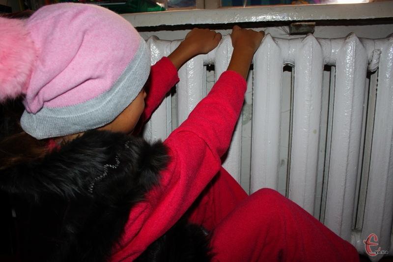 У Кам'янці-Подільському вирішили першочергово подавати теплову енергію в житлові будинки, в яких сплата за раніше отримані послуги становить не менше 80%