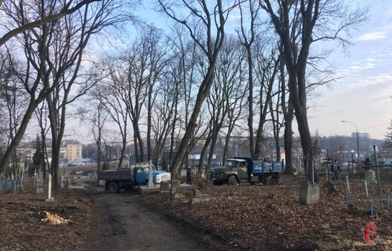 Кладовище люди викристовують як парк