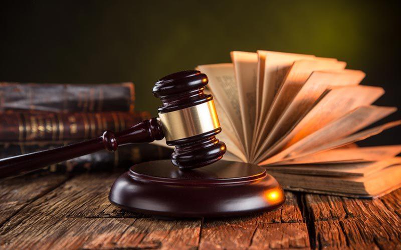 Спростування має здійснюватися у такий самий спосіб, у який поширювалася недостовірна інформація, - суд