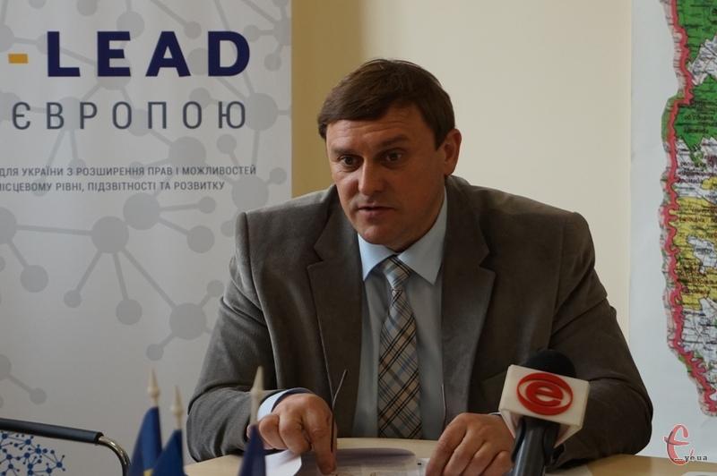 Валерій Олійник зазначив, що гроші вже є, залишилося лише затвердити у всіх необхідних відомствах документи.