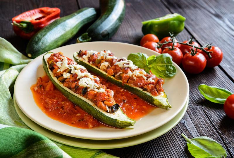Кабачок – унікальний овоч, адже з нього можна приготувати безліч смачних страв.