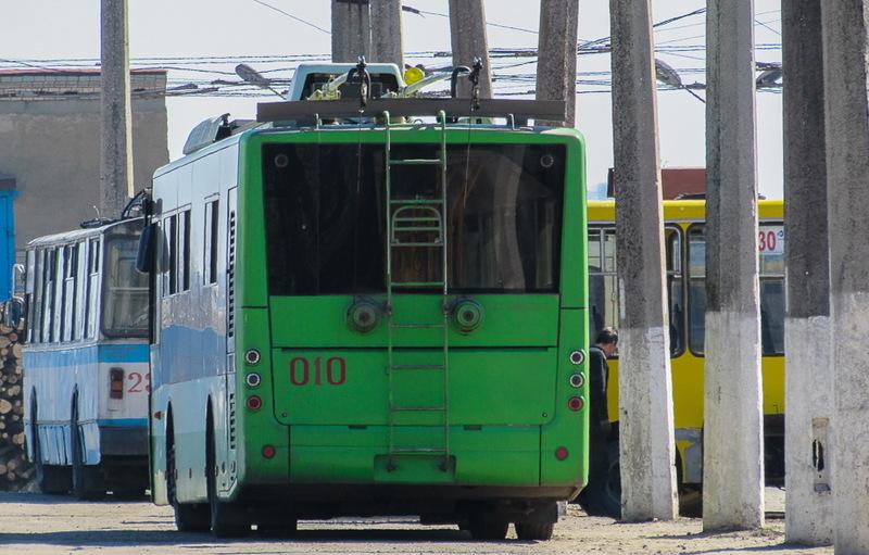 У Хмельницькому вже є два тролейбуси луцького заводу. Чи буде ще два - поки невідомо