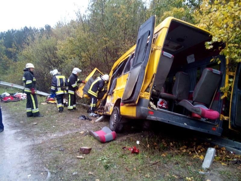 Водію вантажівки загрожує від 7 до 12 років позбавлення волі.