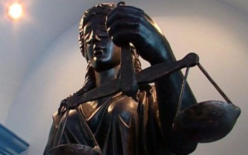 Суддя, рятуючи наркоторговця від тюрми, сам опинився за ґратами