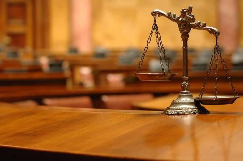 Окрім Олега Дворніна, від посад відсторонили ще шістьох суддів