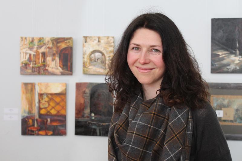 Марина Шавиріної-Школяр працює у жанрах олійного та акрилового живопису, графіки