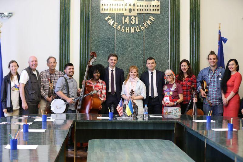 Музиканти американського гурту «Cisco & the Racecars» завітали у Хмельницький