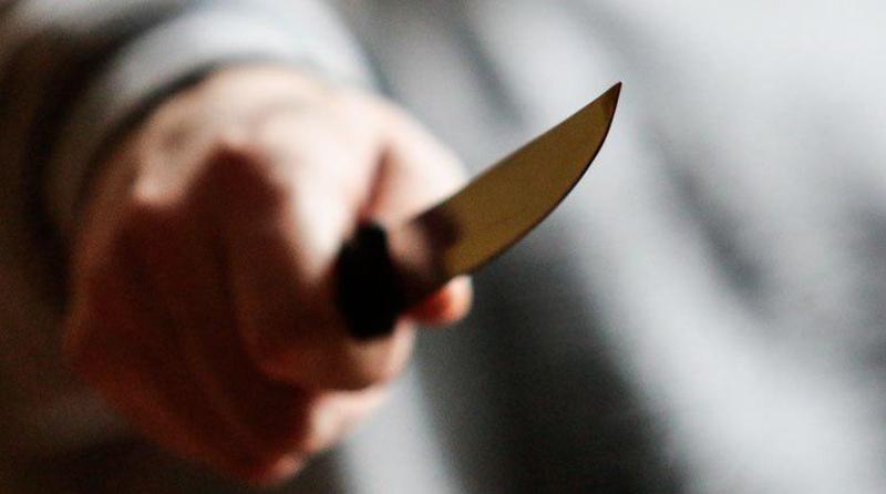 Під час п'яного застілля на Великдень кам'янчанину нанесли ножові поранення