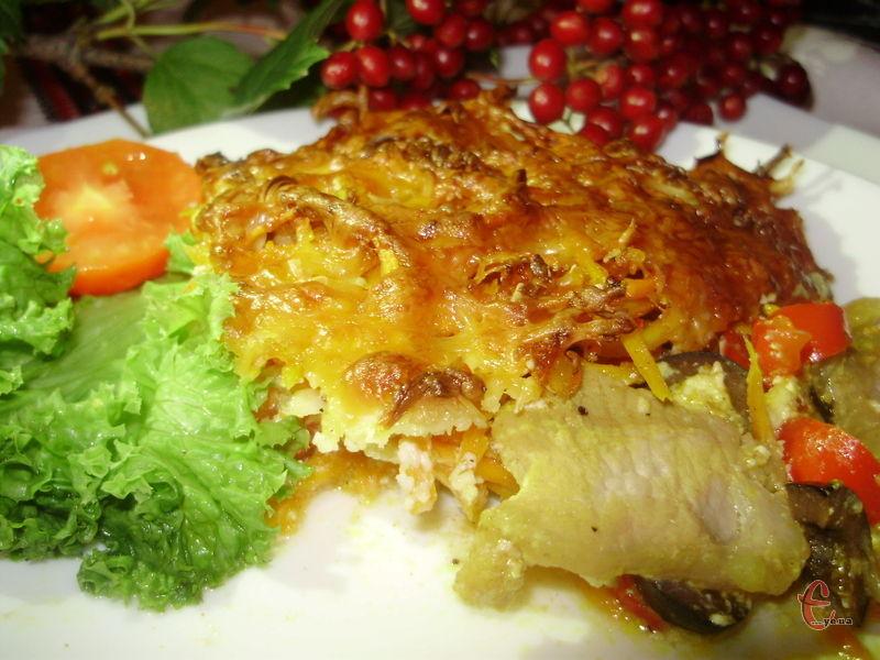 Таку свининку не соромно і на святковий стіл поставити - гості обов'язково оцінять таку смакоту!