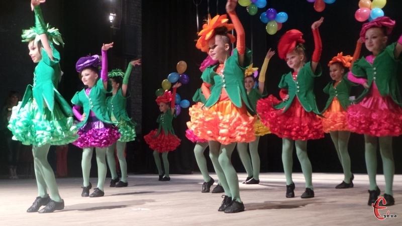 У Хмельницькому відбувся масштабний фестиваль танцю