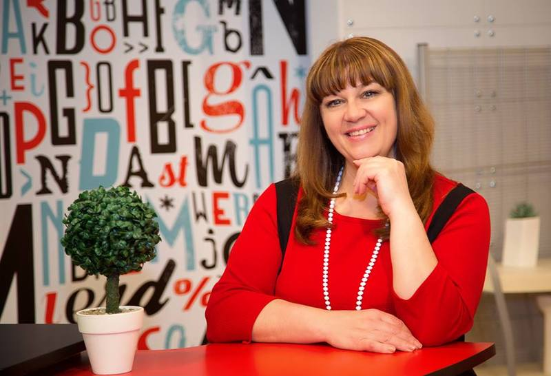 Телеведуча Наталя Паляниця каже, що постійно навчається у героїв своїх програм