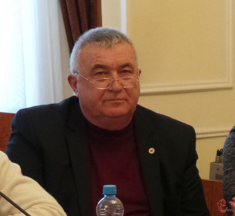 Головний лікар Микола Дралюк каже, роботи по добудові корпусу ще багато, але надії на відкриття цього року, не втрачає