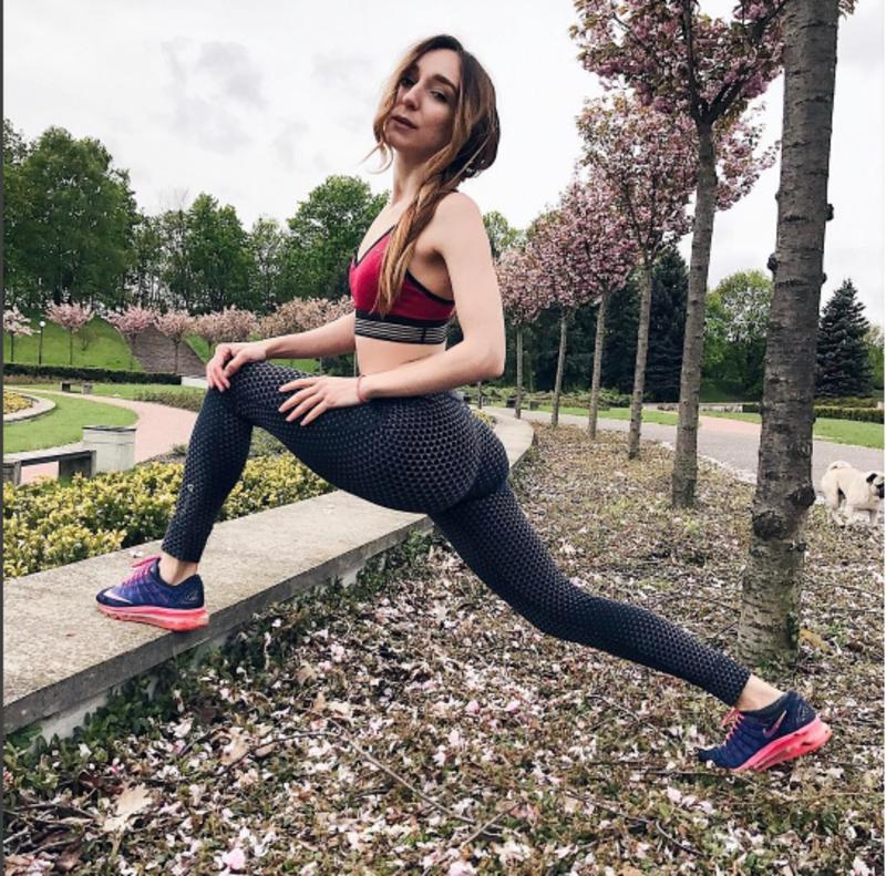 Хмельничанка Олена Мандзюк допомогла схуднути майже шести тисячам людей
