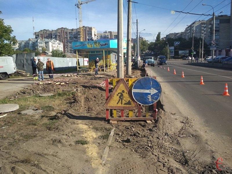 На капітальний ремонт зупинки передбачено 707 тисяч гривень