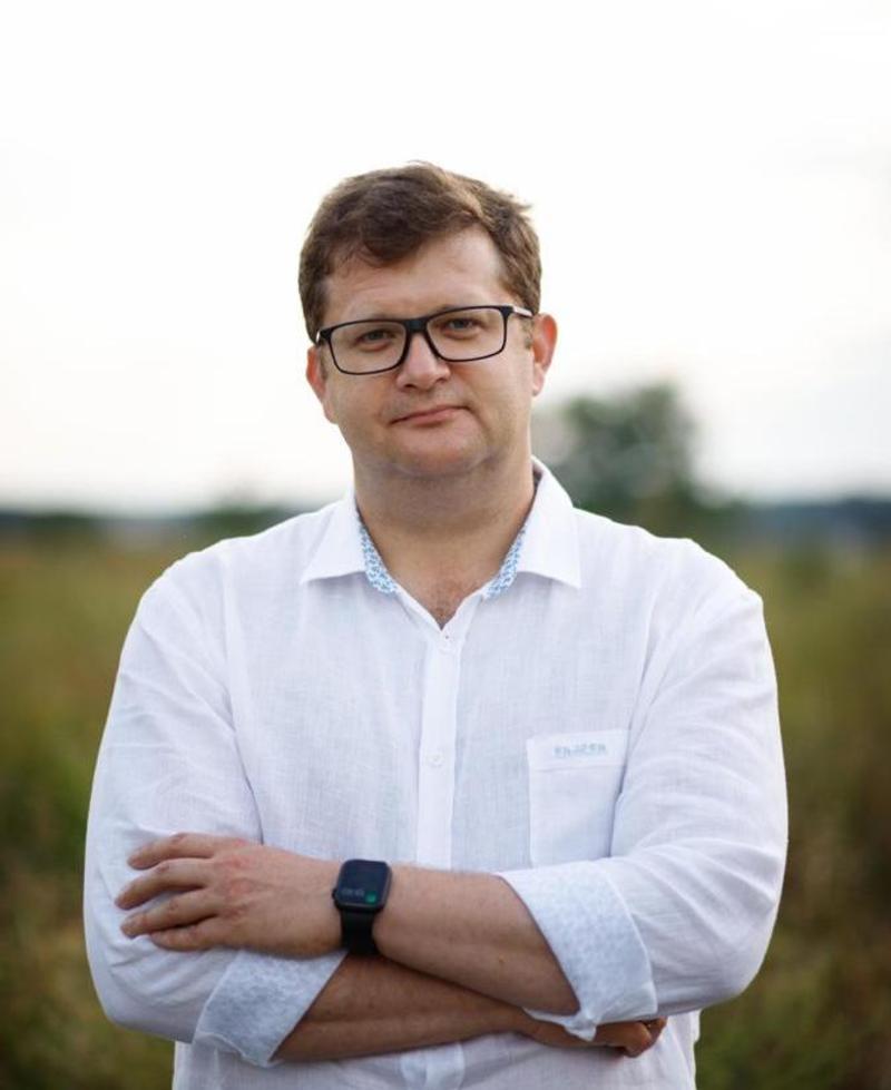 Народний депутат України, керівник Хмельницької територіальної організації партії «Європейська Солідарність» Володимир Ар'єв відповідає на запитання, які найчастіше ставлять під час зустрічей.