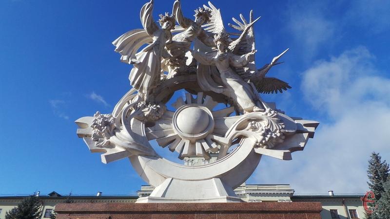 Конкурс спрямований на формування привабливого образу міста Хмельницького як серед його жителів, так і за межами міста та країни засобами медійного мистецтва