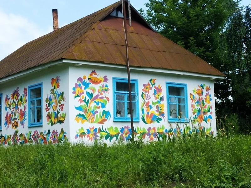 Торік у Самчиках розмалювали понад десяток будинків