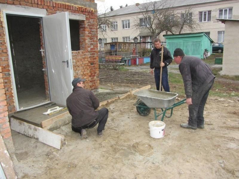 Будівництво відновили, коли отримали додаткові кошти