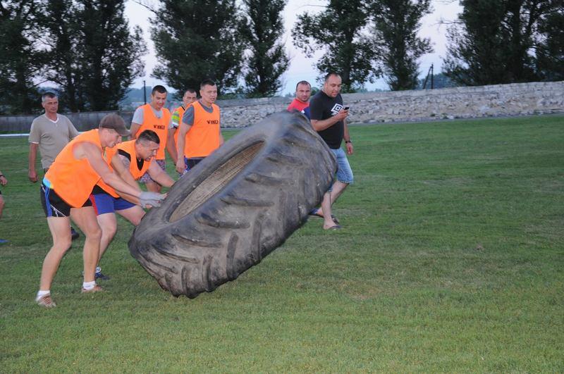 У Білогір'ї на День молоді визначали хто сильніший