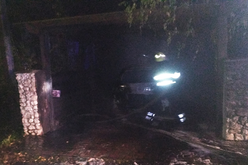 У Білогір'ї рятувальники ліквідували пожежу легкового автомобіля