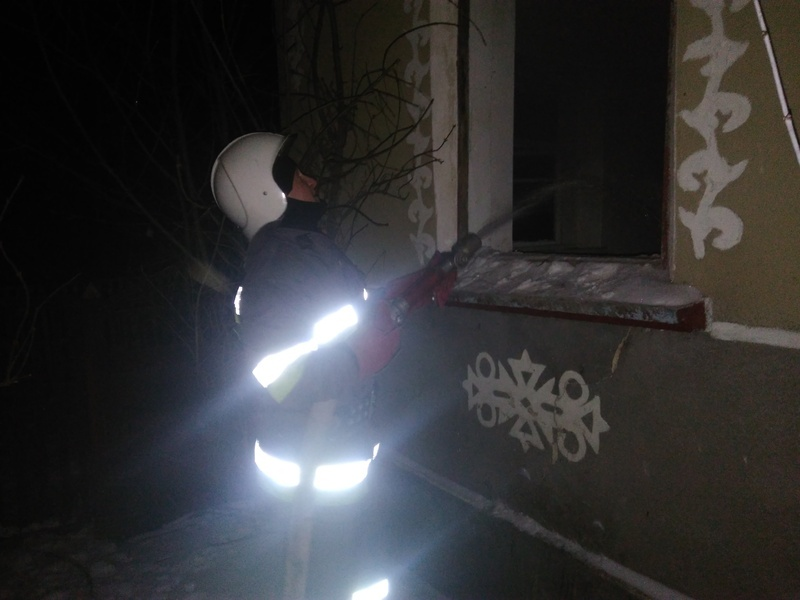 У Білогірському районі серед ночі горів житловий будинок