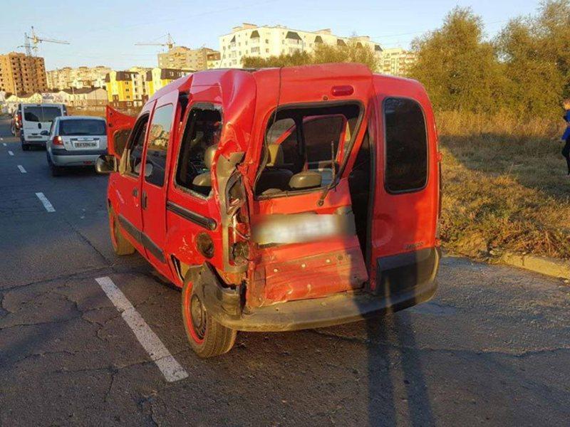 Водій автомобіля «Volkswagen Crafter» не дотримався безпечної дистанції та допустив зіткнення