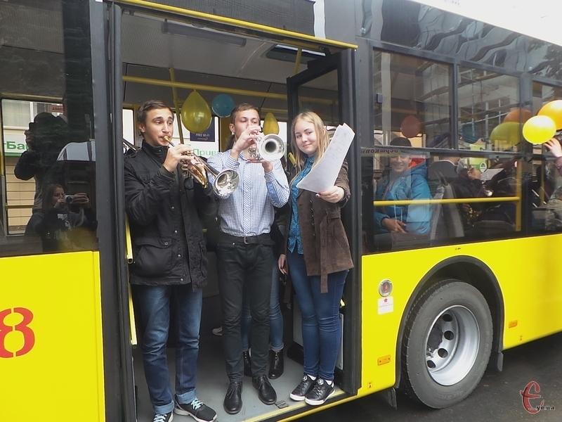 У День міста Хмельницького, вулицями курсуватиме тролейбус за незвичним маршрутом