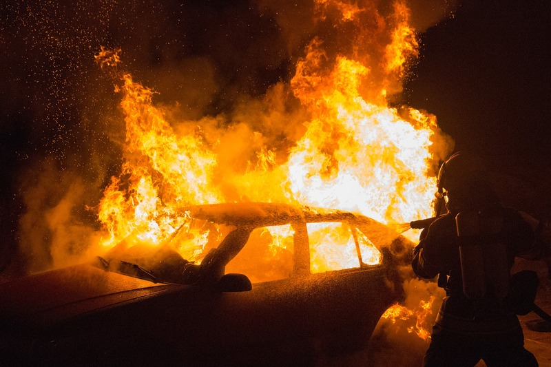Вогнеборці ліквідували пожежу автомобіля