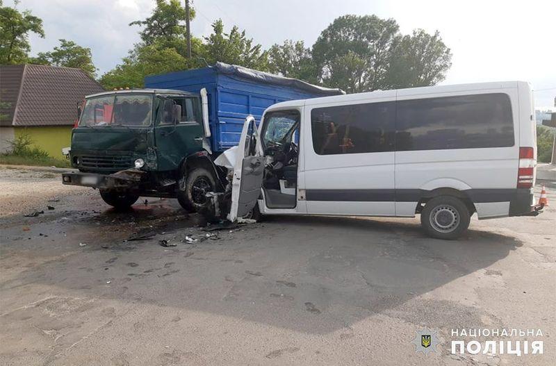 Аварія сталася в Городоку на вулиці Індустріальній