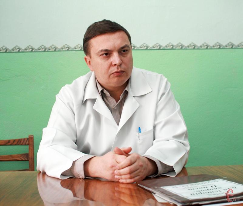 """""""Ендопротезування потребують і пацієнти з хронічними захворюваннями суглобів, і після травм"""", - каже Олександр Кушнір"""