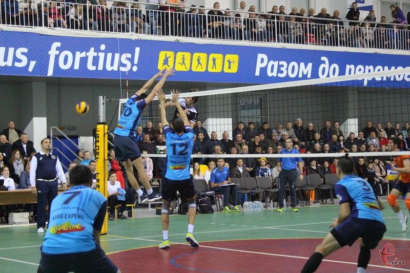 У Городку, де хмельницький Новатор проводив свій єврокубковий матч, 27 вересня стартують матчі Кубку України