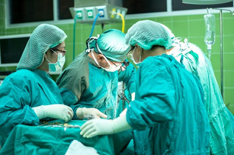 За словами Якова Цуглевича, у цьому відділенні у пацієнтів видалятимуть тромби зі судин головного мозку та шиї