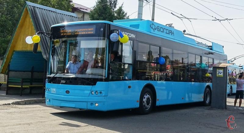 На вулиці Чорноволе тролейбуси змінять рух