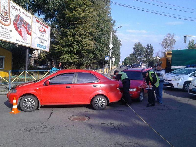 Аварія сталася на перехресті вулиць Пілотська-Красовського