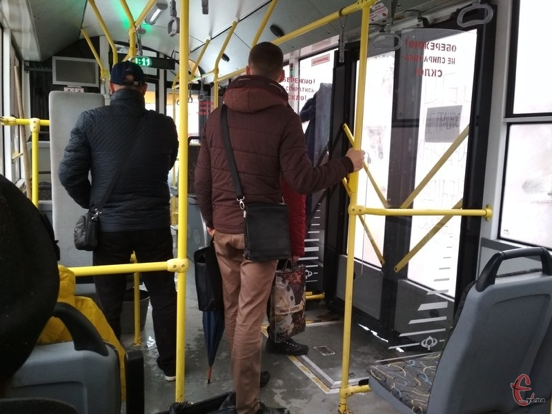 Найчастіше кишенькові крадіжки трапляються у громадському транспорті