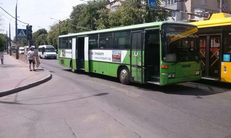 Автобус евакуювали