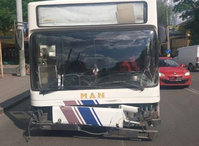 Автопригода сталася на вулиці Шевченка