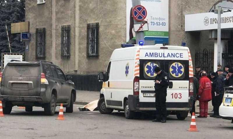 Аварія сталася на перехресті вулиць Грушевського – Героїв Майдану