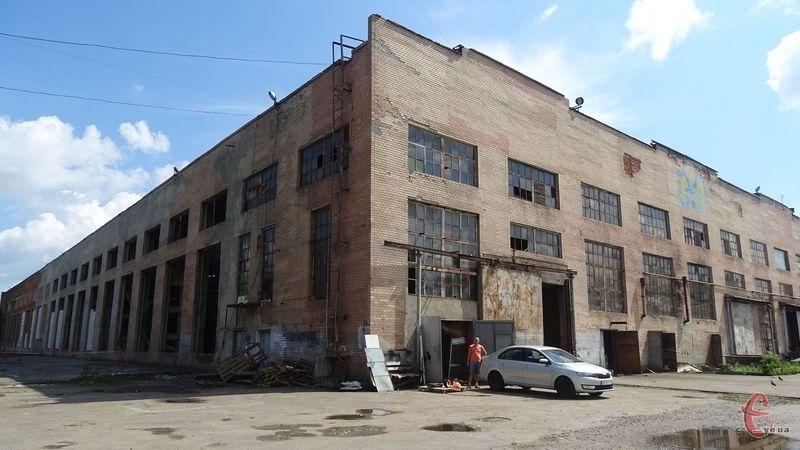 Підприємство викупило будівлю Хмельницького механічного заводу