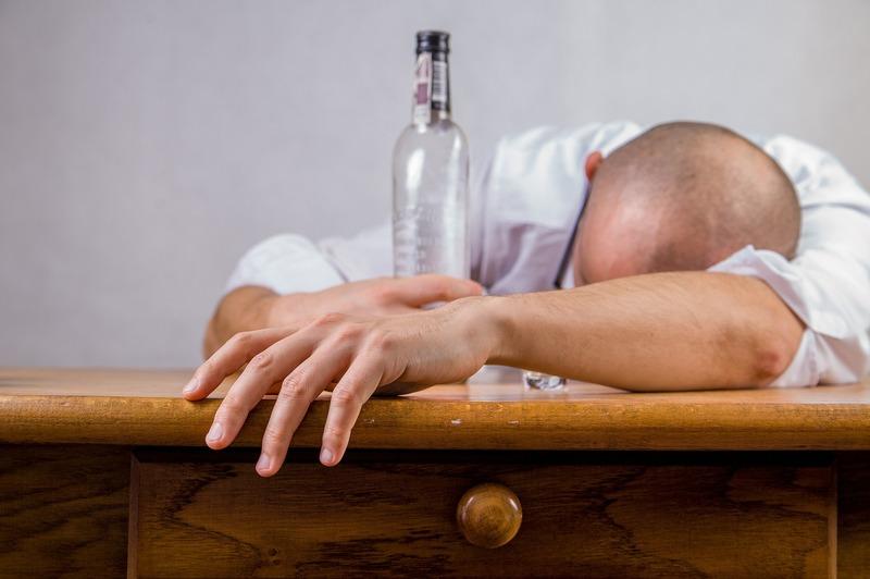 Відтепер хмельничани зможуть купувати алкоголь з десятої ранку