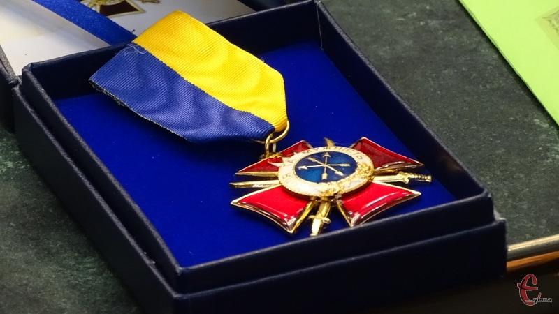 Хмельницьких добровольців – учасників АТО нагородили відзнаками